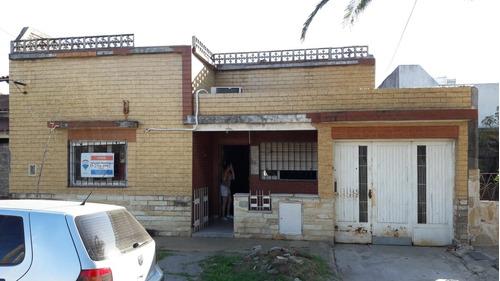 Casa Economica En Venta En Moron!!!!!!!!!!!!