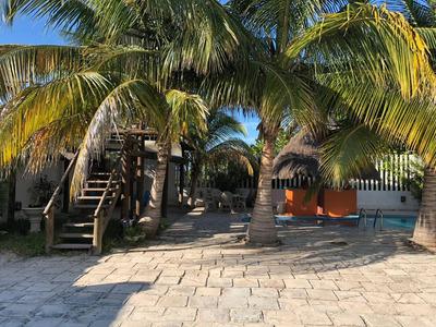 Casa En Renta Amueblada En La Playa