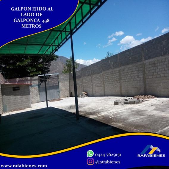 Galpon 438 Metros Detrás De Galponca Merida, Venezuela.