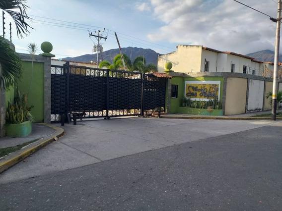 Twonhouse En Venta En El Pueblo De San Diego Mg