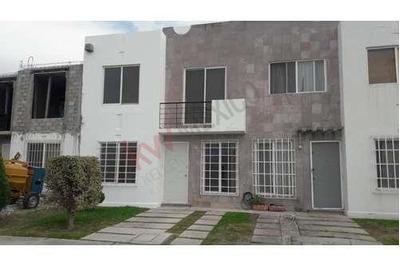 Casa En Renta En Paseos Del Bosque, Querétaro