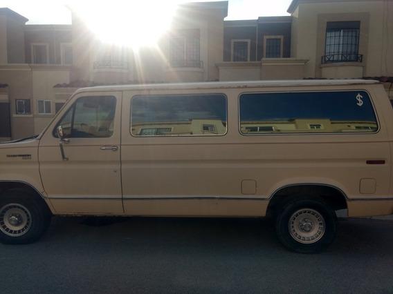Ford Club Wagon Xlt