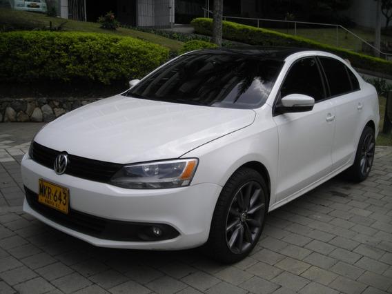 Volkswagen New Jetta 2.5 Comfortline 2012 Secuencial