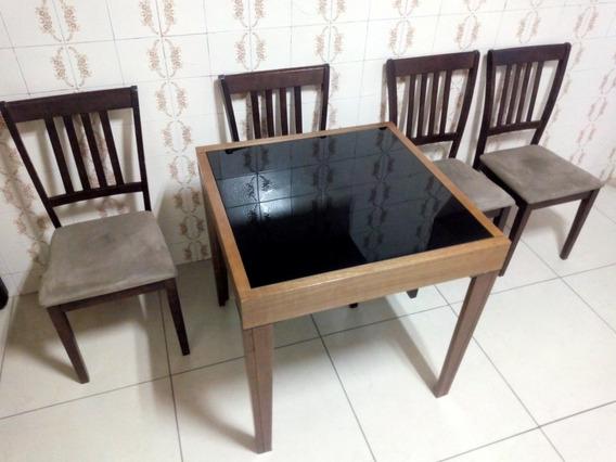 Mesa Com Tampo De Vidro Que Abre Com 4 Cadeiras