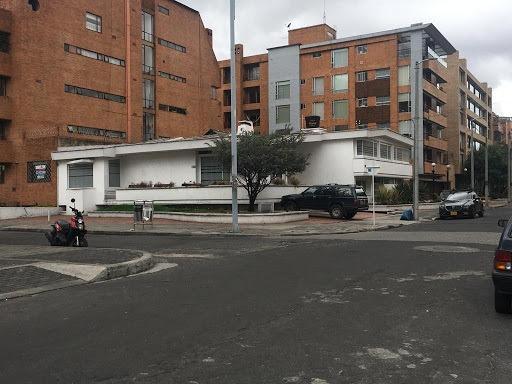 Casas En Arriendo Chicó Norte 90-62558