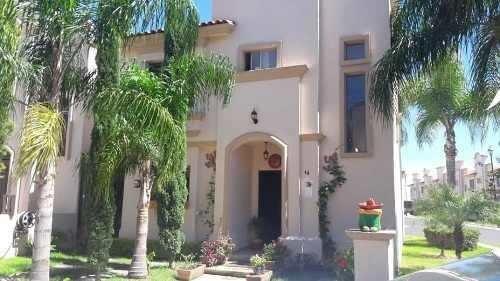 Excelente Casa En Venta En Frac. Villa California