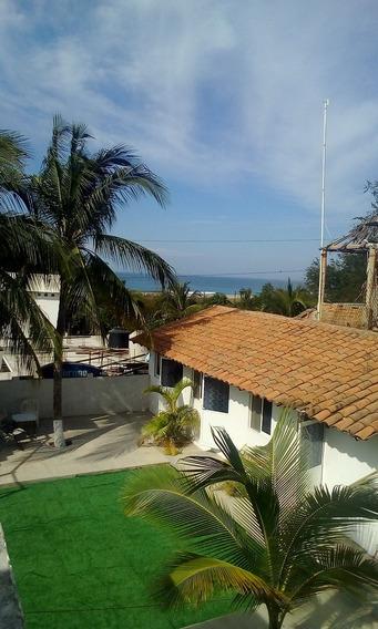 Casa A Una Cuadra De La Playa Zicatela De 7 Habitaciones