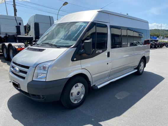 Ford Transit 2.2 14 Lugares
