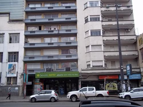 Imagen 1 de 10 de Alquiler Apartamento 1 Dormitorio En Avda 18 De Julio