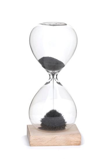 Relojdearenamagnético - La Aldea