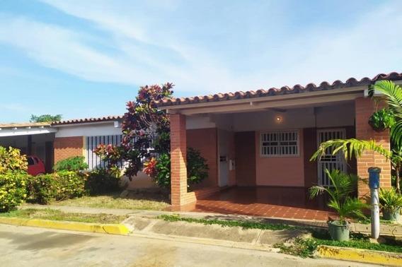 Casa En Venta Moriche Villas
