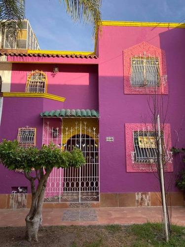 Imagen 1 de 10 de Se Vende Casa En Privada De San Cayetano, Libre De Gravamen