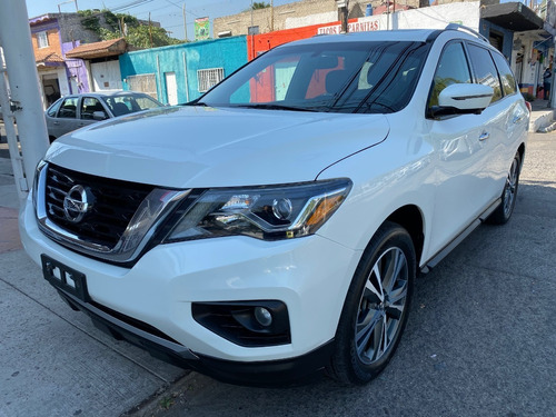 Nissan Pathfinder Exclusive Modelo 2017