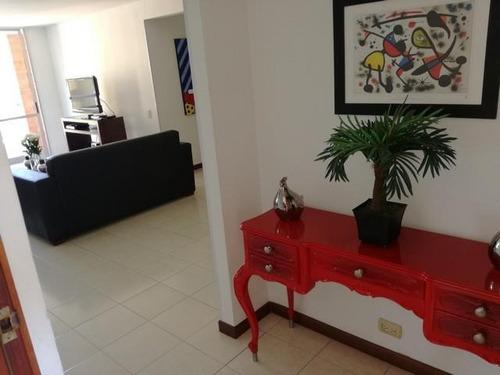 Imagen 1 de 18 de Apartamento En Arriendo En Medellin - Poblado