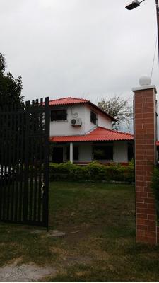 Casa Lote Conjunto Res. Campestre Mariquita 1128m2