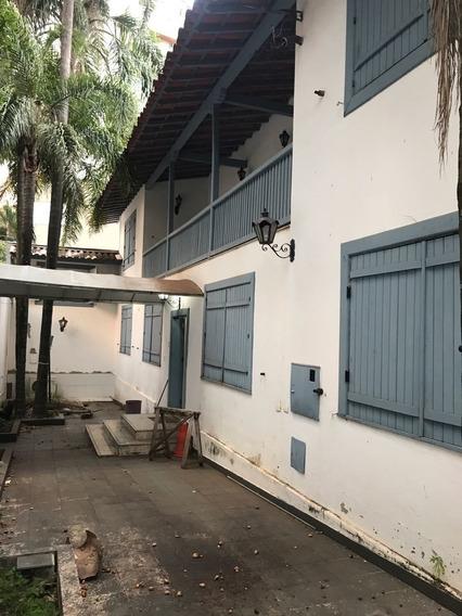 Casa Comercial Para Locação Em Ótimo Ponto Na Serra - Ci4105