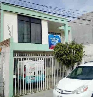 Casa En Venta En San Cayetano