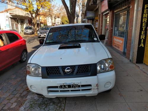 Nissan  Np 300,  En Excelente Estados Kilometros Reales