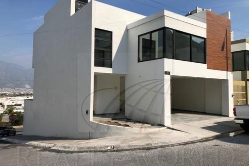 Casas En Venta En Pedregal De La Huasteca, Santa Catarina