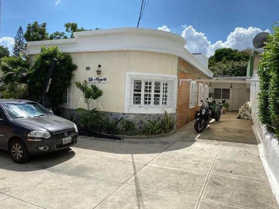 Casa En Venta Rent A House Código. 20-21605