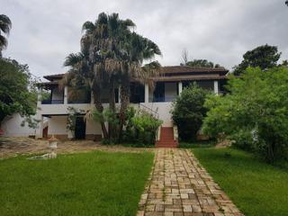 Excelente Fazenda No Sul De Minas, Caxambu , Com 100 Hectares , Muita Água , Casa Sede Com 07 Quartos, Piscina , Churrasqueira, Campo De Futebol. - 178