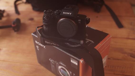 Câmera Sony A7 Ii (corpo) - 04 Baterias - Bem Conservada!