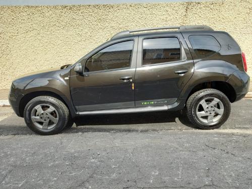 Imagem 1 de 9 de Renault Duster Tech Road 2.0 16v Automática 13/14 - Preta