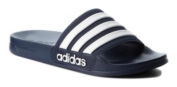 Sandalias adidas - Adilette - Hombre En Negro, Azul Y Gris.