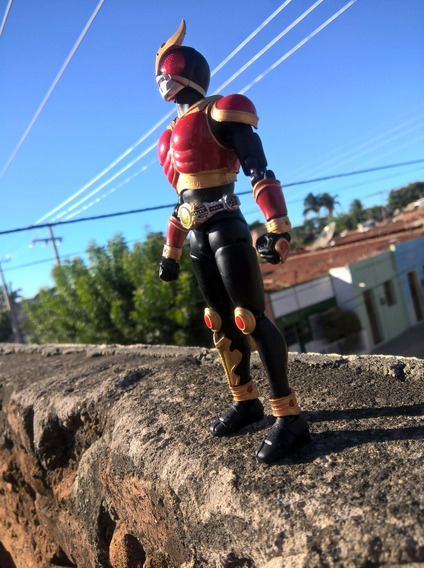 Kamen Rider Kuuga Figura De Ação (bandai)