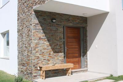 Alquiler Casa 3 Dormitorios Con 2 Cocheras