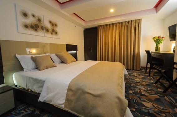 Exclusivo Hotel Ubicado En Caracas Cod. 584244424846
