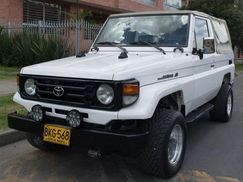 Toyota Land Cruiser 4.5 Carpada