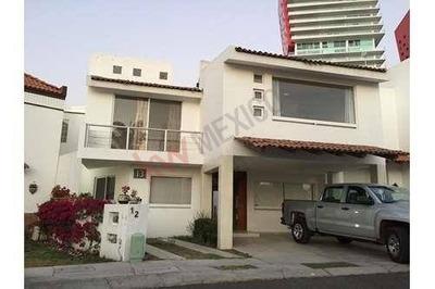 Casa En Renta Centro Sur Queretaro Claustro De Las Misiones 1 Preciosa Y Amplia Con Excelente Ubicación.