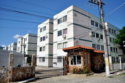 Apartamento No Bairro Trindade! - 8579