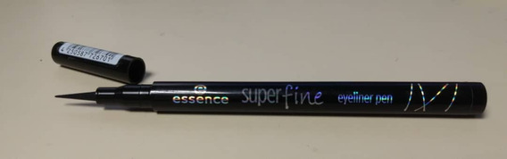 Delinedor Essence Super Fine Eyer Pen