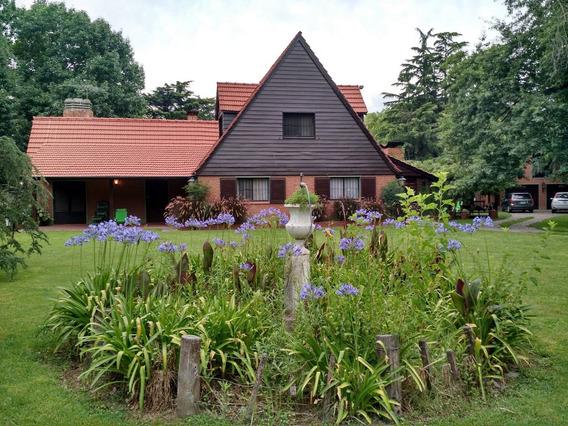 Casa Marcos Paz