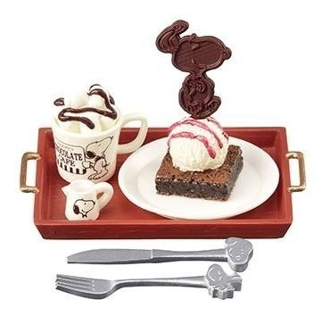 Re-ment Miniaturas Snoopy Chocolate Cafe 7 Barbie