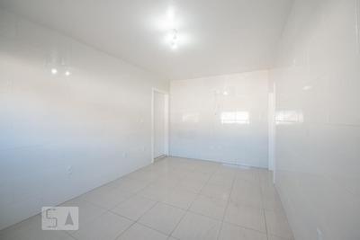 Apartamento Térreo Com 2 Dormitórios E 1 Garagem - Id: 892908650 - 208650