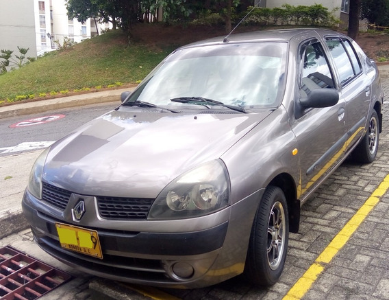 Renault Symbol Authentique 2004
