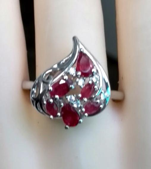 Anel Em Prata Com Pedra De Rubi E Zircônias/ Aro 18.5