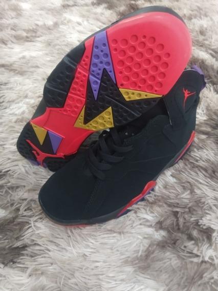 Tênis Nike Air Jordan 7