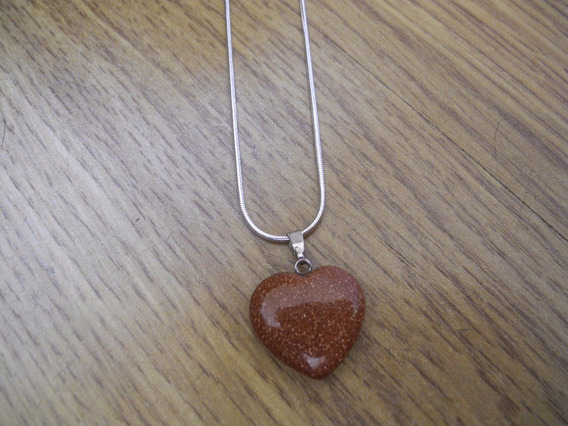 Colar Coração Pedra Natural Pedra Do Sol Corrente Prateada