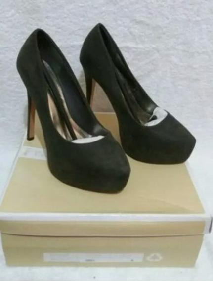 Zapato Elegante De Tacón Alto De Gamuza