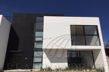 Casa En Venta, Por Aeropuerto De Toluca. 47-cv-408.