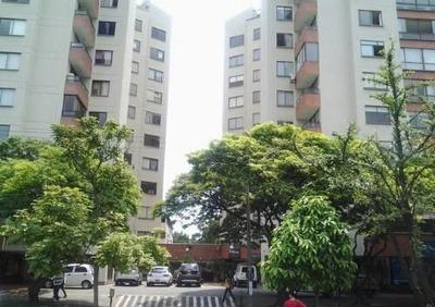 Apartamento En Venta En Urbanización La Flora