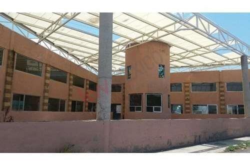 Local Comercial Con Estacionamiento, En Silao, Guanajuato Clave: 2263gs
