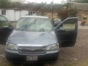 Chevrolet Venture 2004 Larga