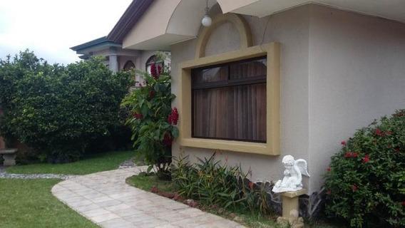 Linda Casa En San Luis De Santo Domingo, 518mtrs2