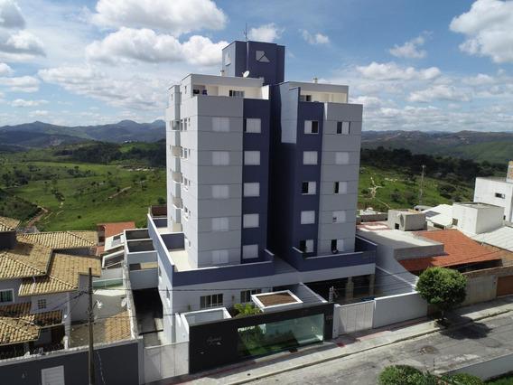 Apartamento Amplo 2 Quartos, Varanda, 2 Vagas Cobertas. - Lis1512
