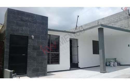 Casa Amueblada En Renta, Hacienda Mitras Ii, Monterrey Nuevo León.